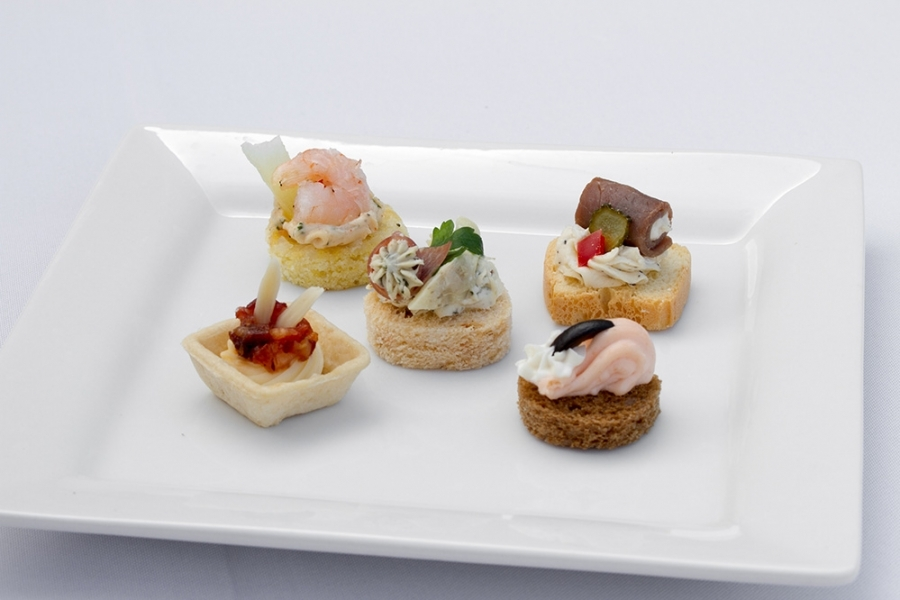 cold canape assortment