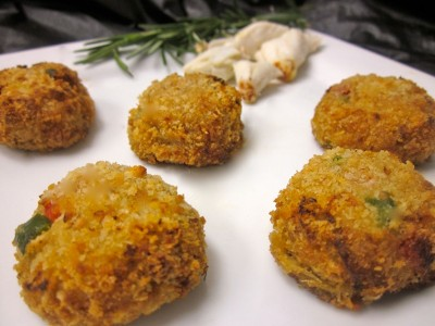 Crab Cakes (Breaded)